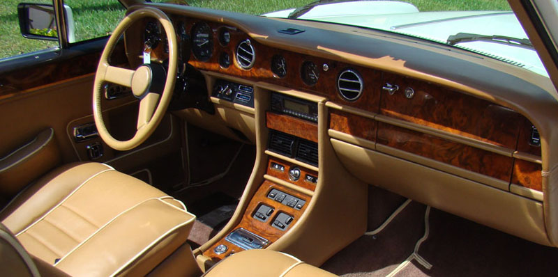 Index of /NewSite/VehiclePages/vehicle_images/rolls-royce/1989 Rolls
